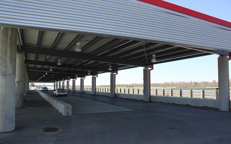NOLA Motorsports Park, Paddock